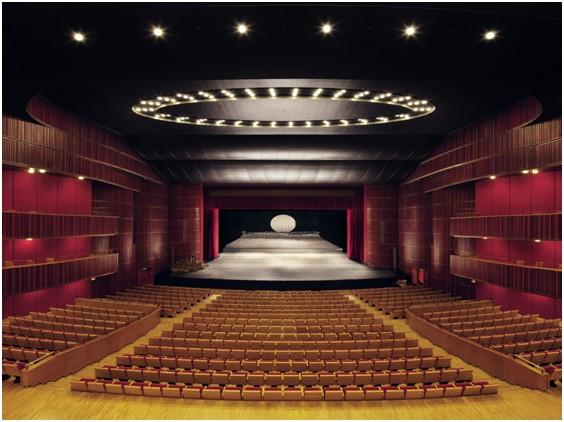 歌剧厅1.jpg